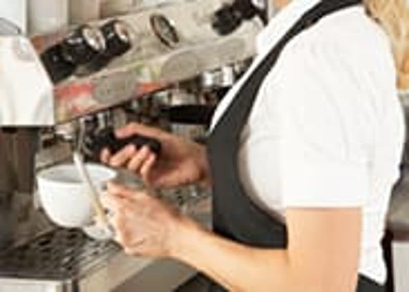 Uster Umland: Vinothek mit Cafe