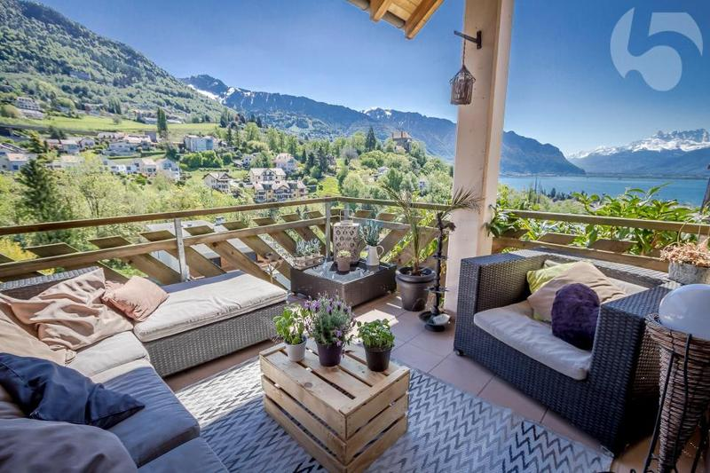 Maison contiguë de 6.5 pièces avec magnifique vue sur le lac
