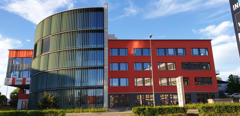 Ansicht des Gewerbe Zentrums Volketswil