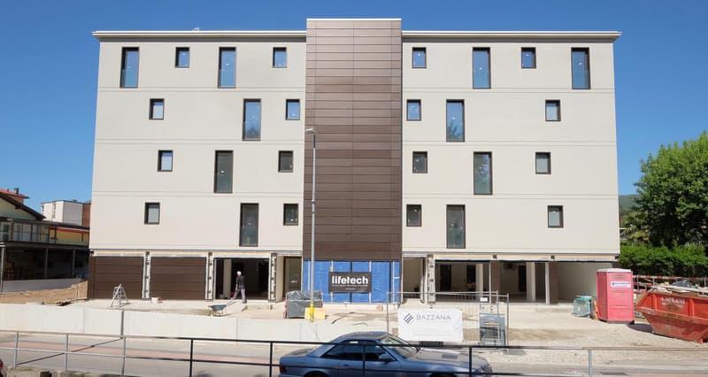 Nuovo e moderno appartamento di 2.5 locali + 2 posti auto