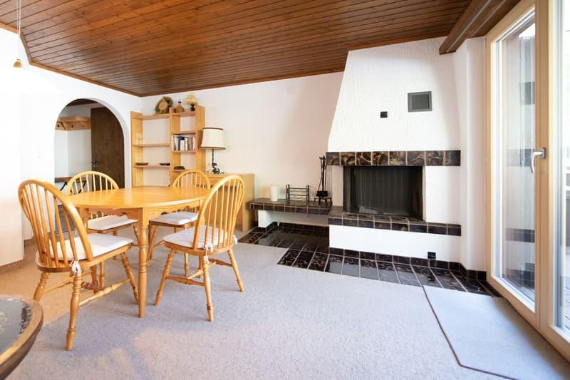 Gemütliche 2 1/2 Zimmer-Wohnung mit Cheminée