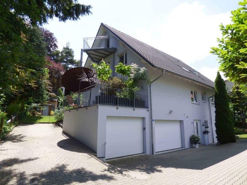 RESERVIERT - Familienhaus mit drei Wohneinheiten