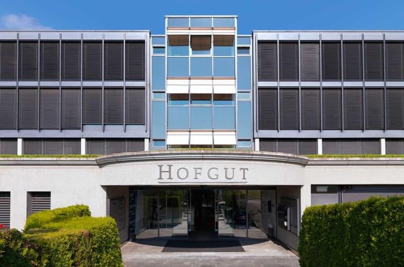 Eingang Hofgut - Bürokomplex