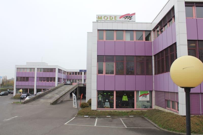 805 m² de surface administrative à louer