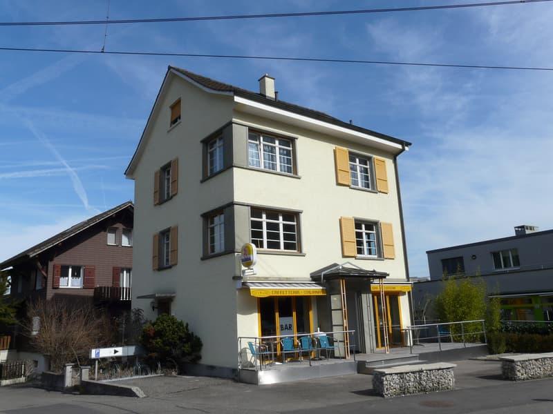 Wohn- und Geschäftshaus an guter Lage