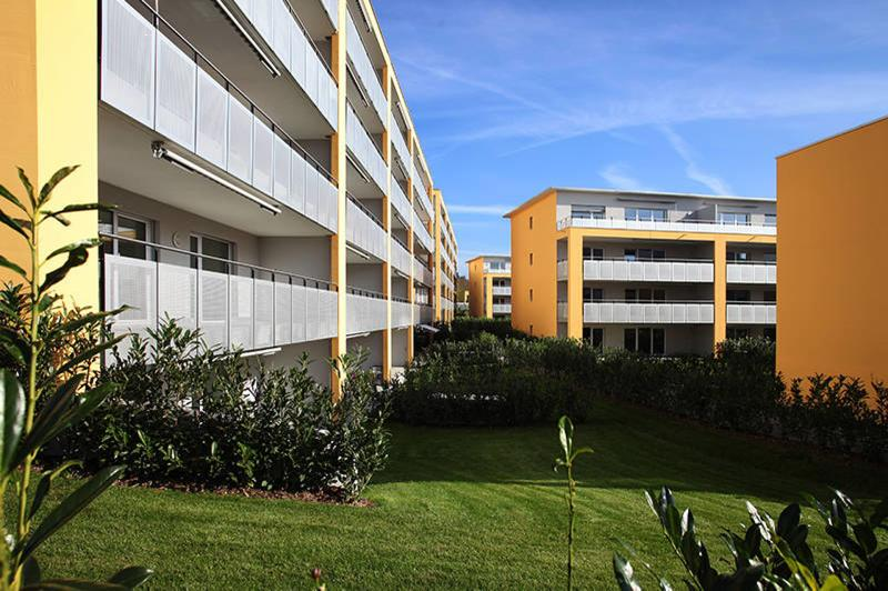 Perfekt ausgestattete Wohnung mit grossem Balkon (2)