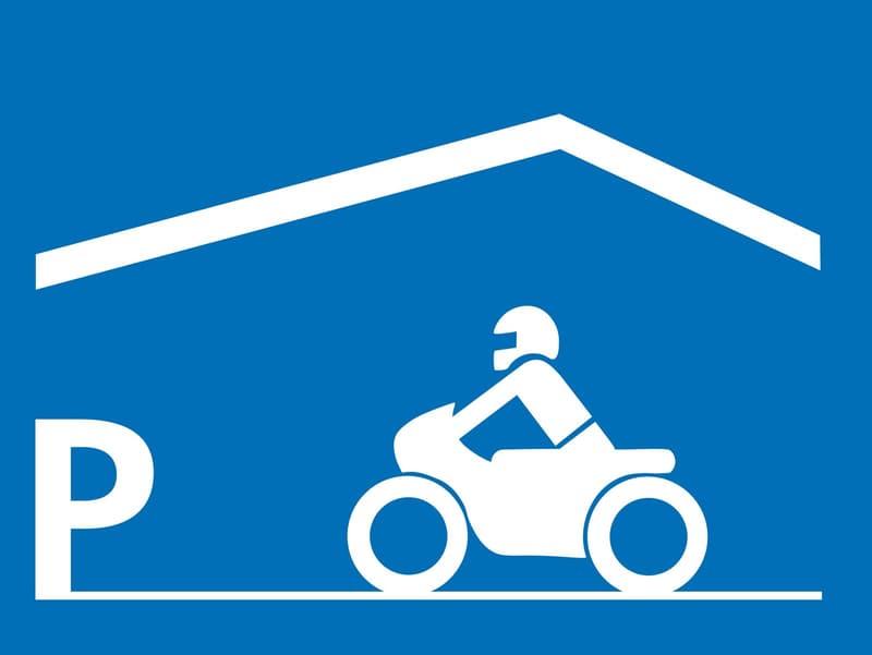 Einstellhallenplatz sucht Motorrad!
