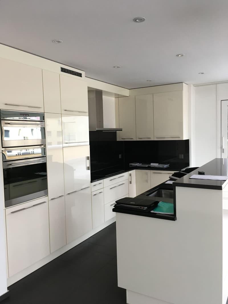 Luxuriöse 3.5 Zimmer Attika-Wohnung - In der Wohnüberbauung Diamant (1)