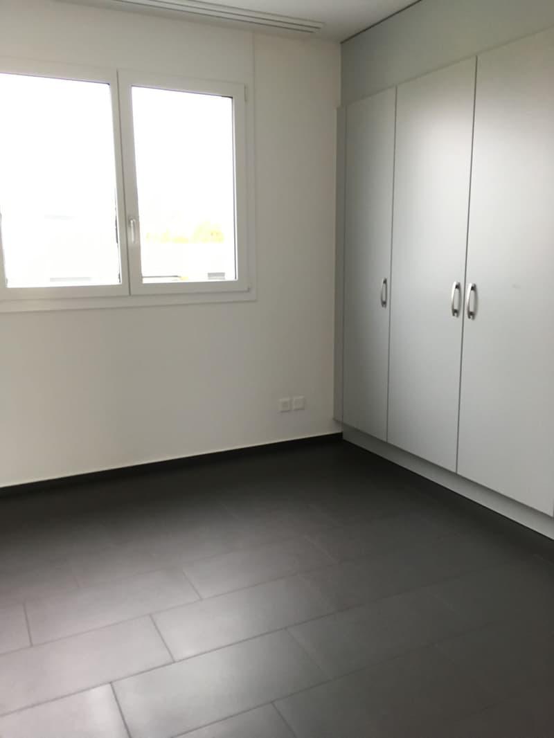 Luxuriöse 3.5 Zimmer Attika-Wohnung - In der Wohnüberbauung Diamant (4)
