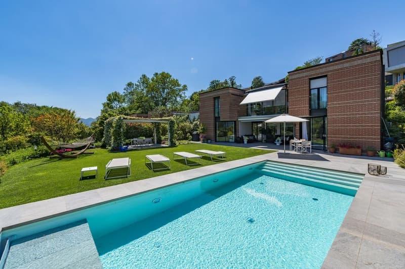 Moderna villa  in contesto residenziale tranquillo (1)