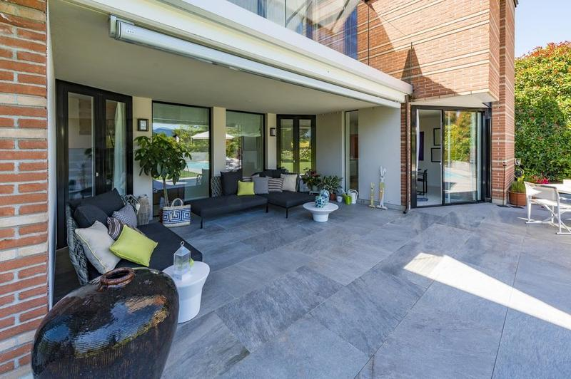 Moderna villa  in contesto residenziale tranquillo (4)