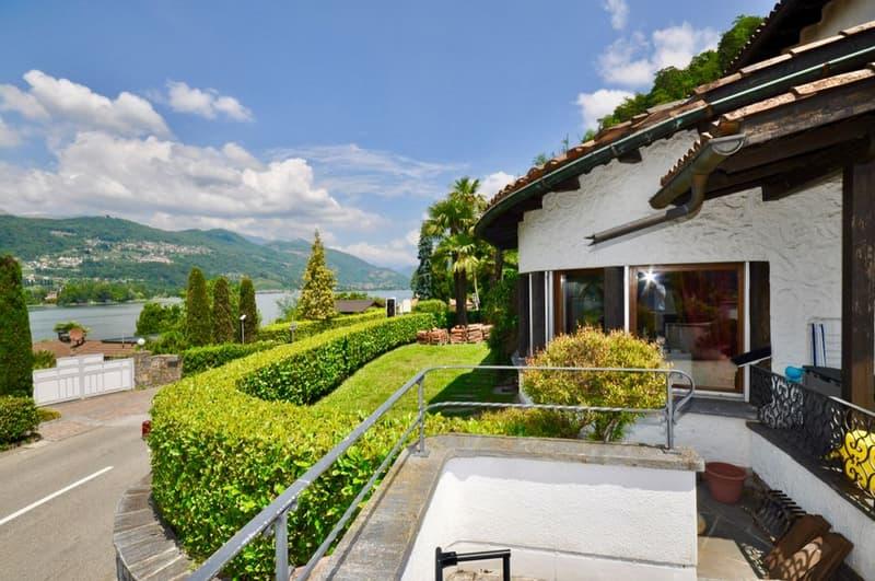 Villa con Incantevole Vista Lago di Lugano a Carabietta
