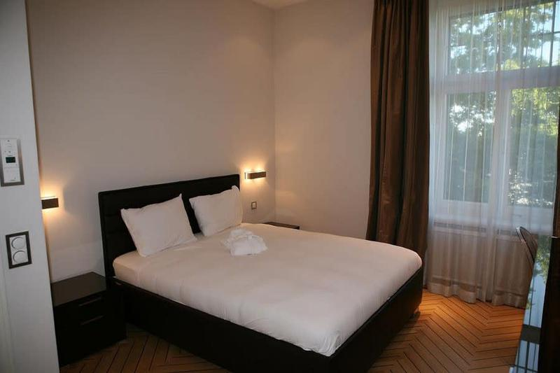 1 Bedroom Apartment Junior