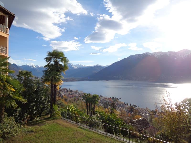 Appartamento 4.5 locali con vista panoramica sul Lago Maggiore (1352-04)