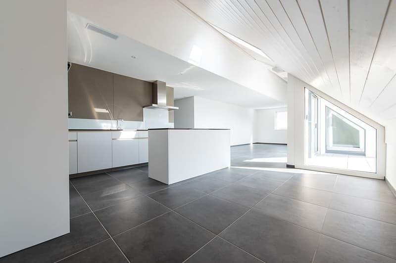 grosszügige, offene Küche (Haus Vorderdorfstr. 7)