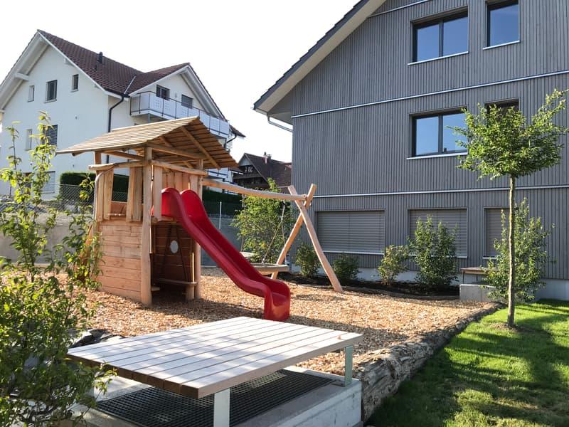 ERSTVERMIETUNG - 5.5 Zimmer-Parterrewohnung in Bettwil
