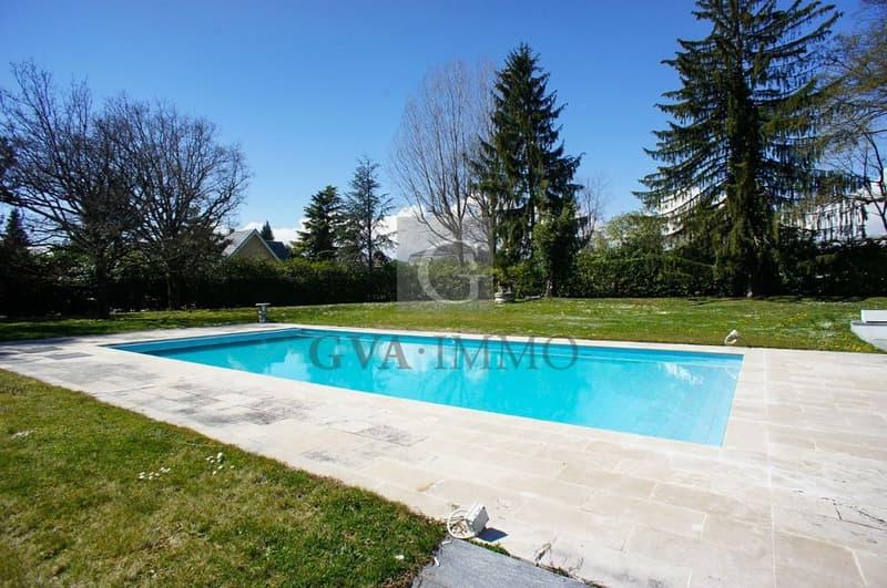 Superbe villa avec piscine dans un environnement calme et résidentiel (3)