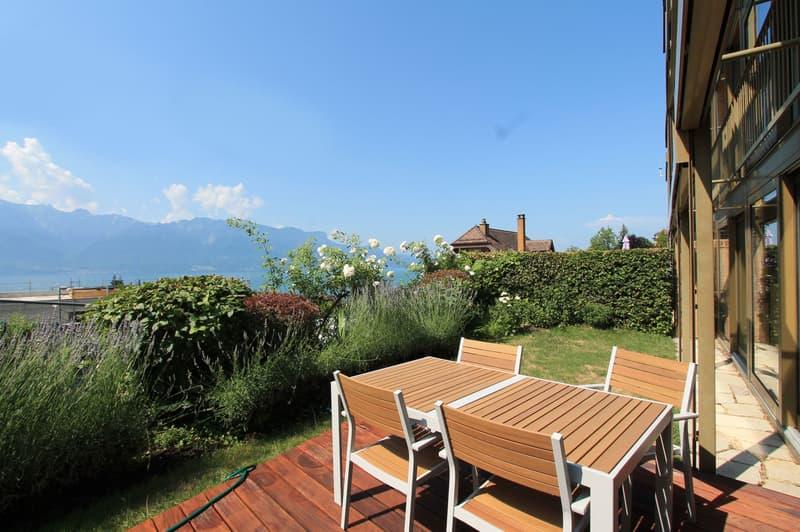 Jardin, terrasse vue Lac et Alpes