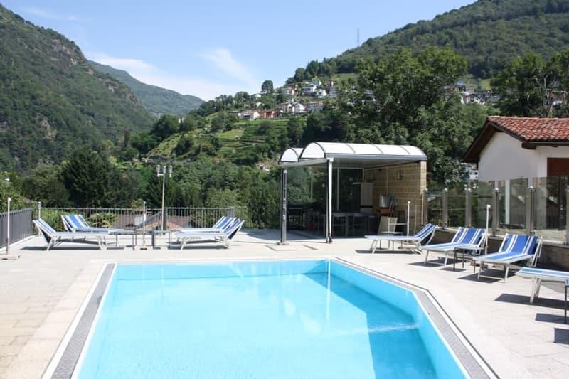 2.5 Zi.-Ferien-Whg. mit Seesicht und Pool (170)