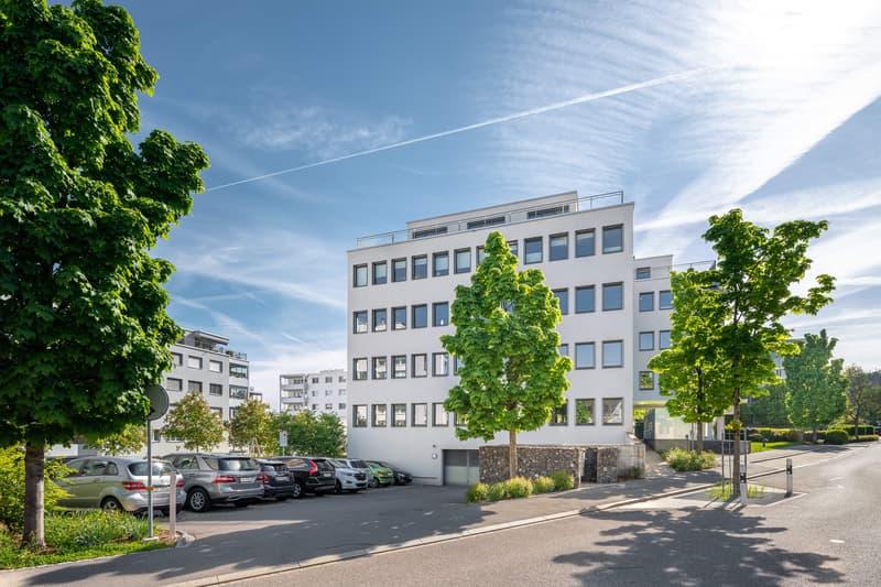 Hochwertig ausgebaute Büroräumlichkeiten im Herzen von Pfäffikon SZ