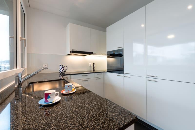 Jetzt virtuell besichtigen >Familiäre 4.5-Zimmerwohnung an zentraler Lage