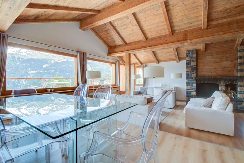 Restaurant et 6 luxueux appartements - Crans-Montana