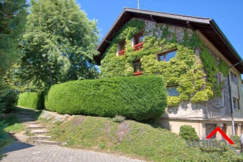 Grande maison en pignon à Chavannes-De-Bogis
