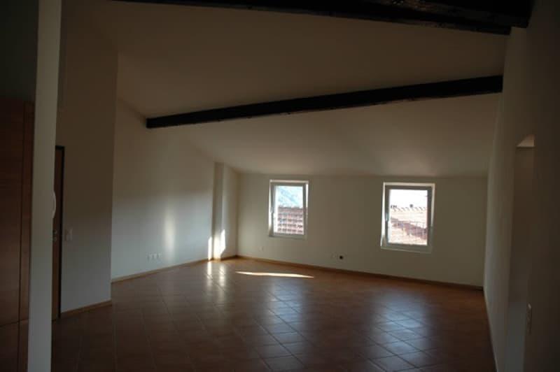 Affittasi appartamento alto standing 2.5 locali a Gentilino (nucleo)