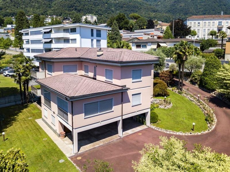 Ampia villa in zona residenziale