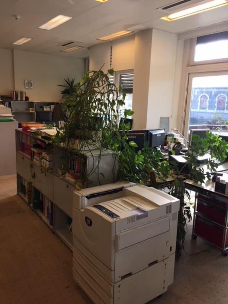 Location bureau open space