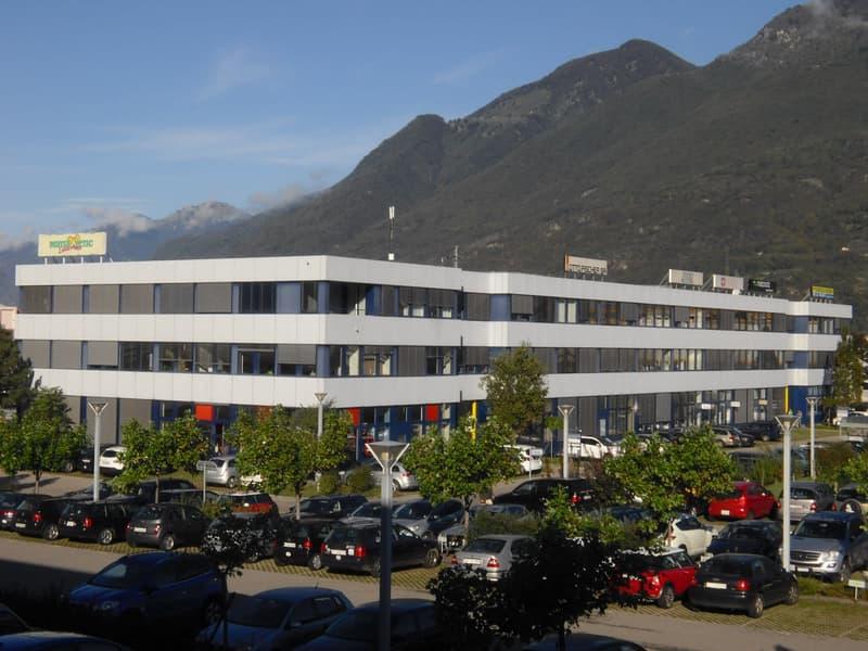 Centro Monda A Camorino - Superficie ad uso magazzino