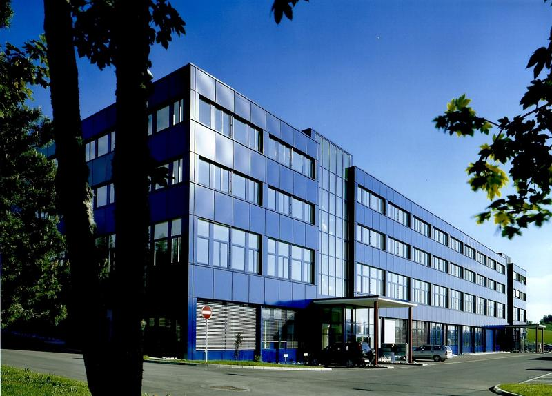 Surface idéale pour bureau/industrie légère - Bel immeuble représentatif pour bureaux, artisanat, industrie légère