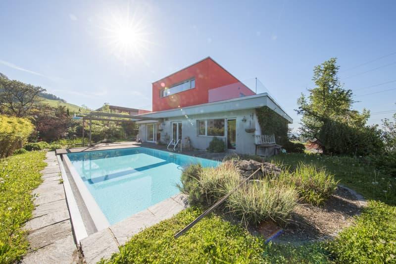 5 Zimmer EFH mit Schwimmbad an ruhiger sonnigen Lage mit Panoramasicht auf den Zürichsee zum Verkauf