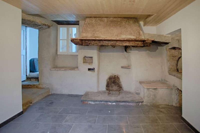 Grande casa tradizionale per tutta la famiglia