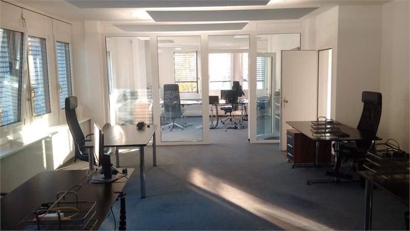 Desk in open space (300 CHF) / private office 18m2 (600 CHF), 33m2 (1000 CHF), 150m2 (4000), all inc