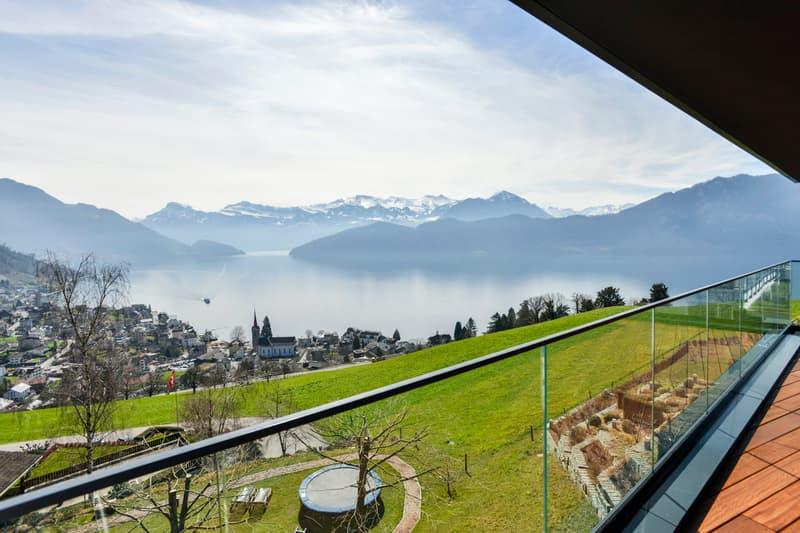 THE VIEW - Himmlische Lage mit eindrücklichem Panorama über See und Berge