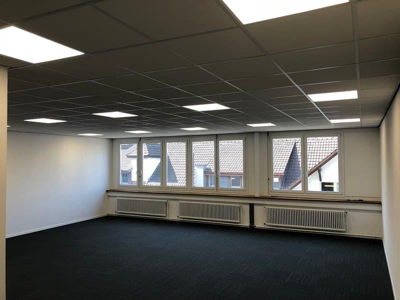 Neu renovierte, helle Büroräumlichkeiten - ideal für Startup