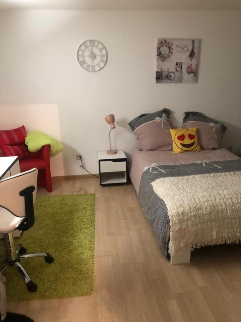 Très jolie chambre meublée pour ETUDIANT/ ETUDIANTE à louer pour le 1er mars 2020