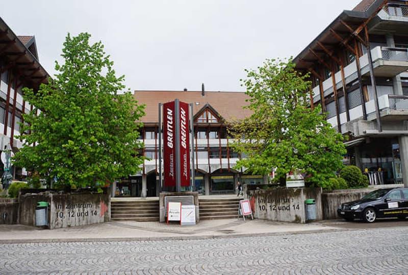 Garagenplatz in Tiefgarage Im Zentrum 10-14, Hombrechtikon
