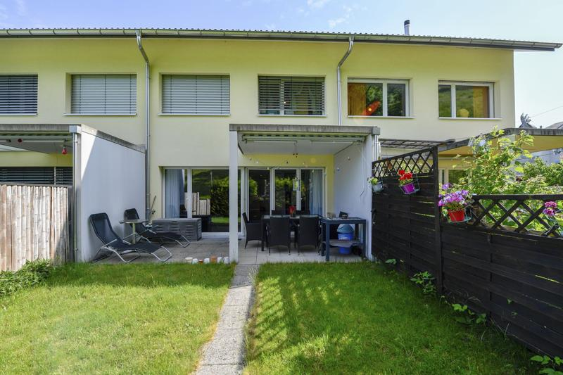 Sehr attraktiver Preis! 5.5 Zimmer Reihen-Einfamilienhaus in Galgenen