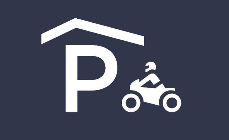 Motorradplätze in kleinerer Einstellhalle