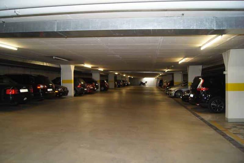 Tiefgaragenparkplatz gesucht?