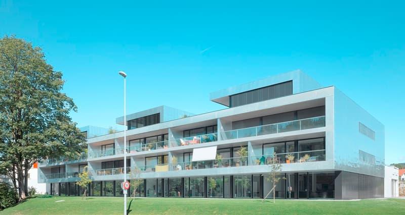 Zentrale Einstellhallenplätze in Sempach
