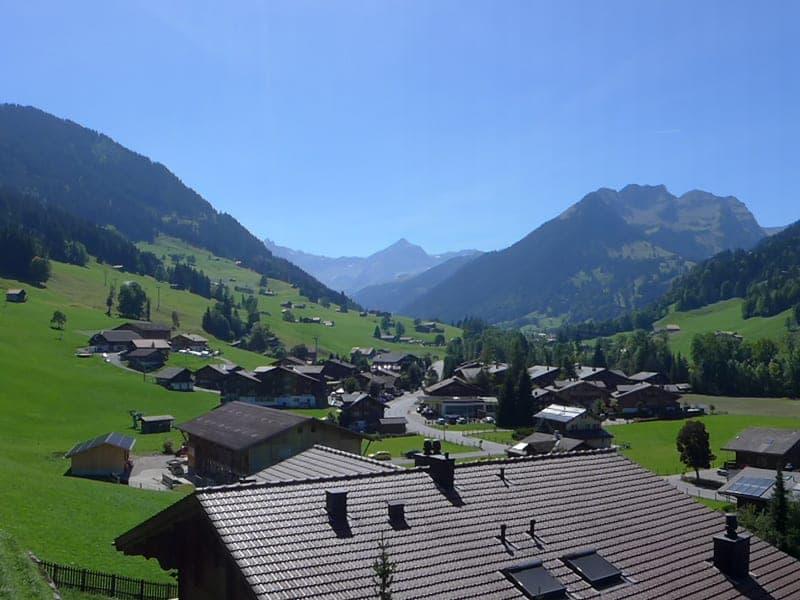Wohnung mit top Aussicht in Gstaad