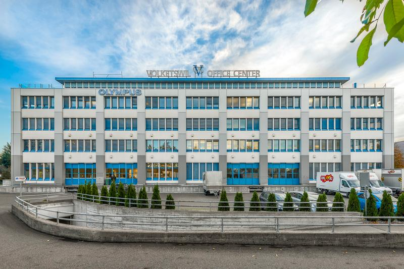 Bezugsbereite und möblierte Büroflächen zur Miete (1)