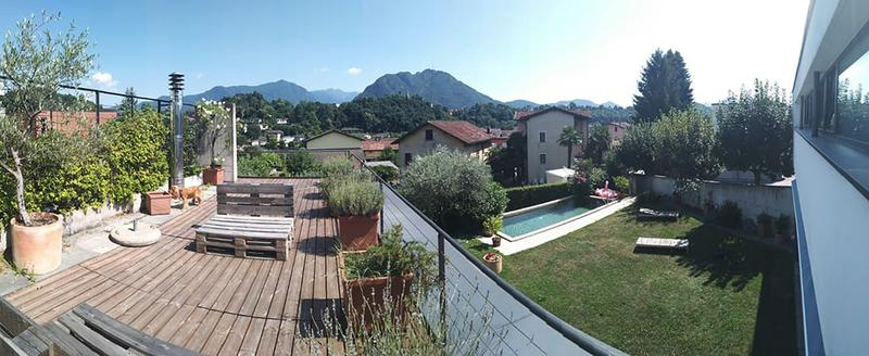 Sorengo - Villa d'autore con piscina