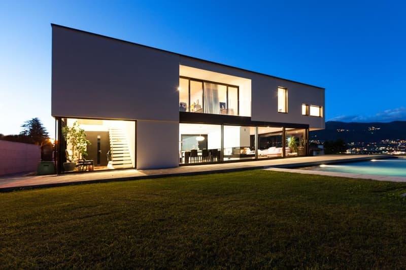 Annuncio exemplario: Villa moderna con piscina in zona tranquilla (2)