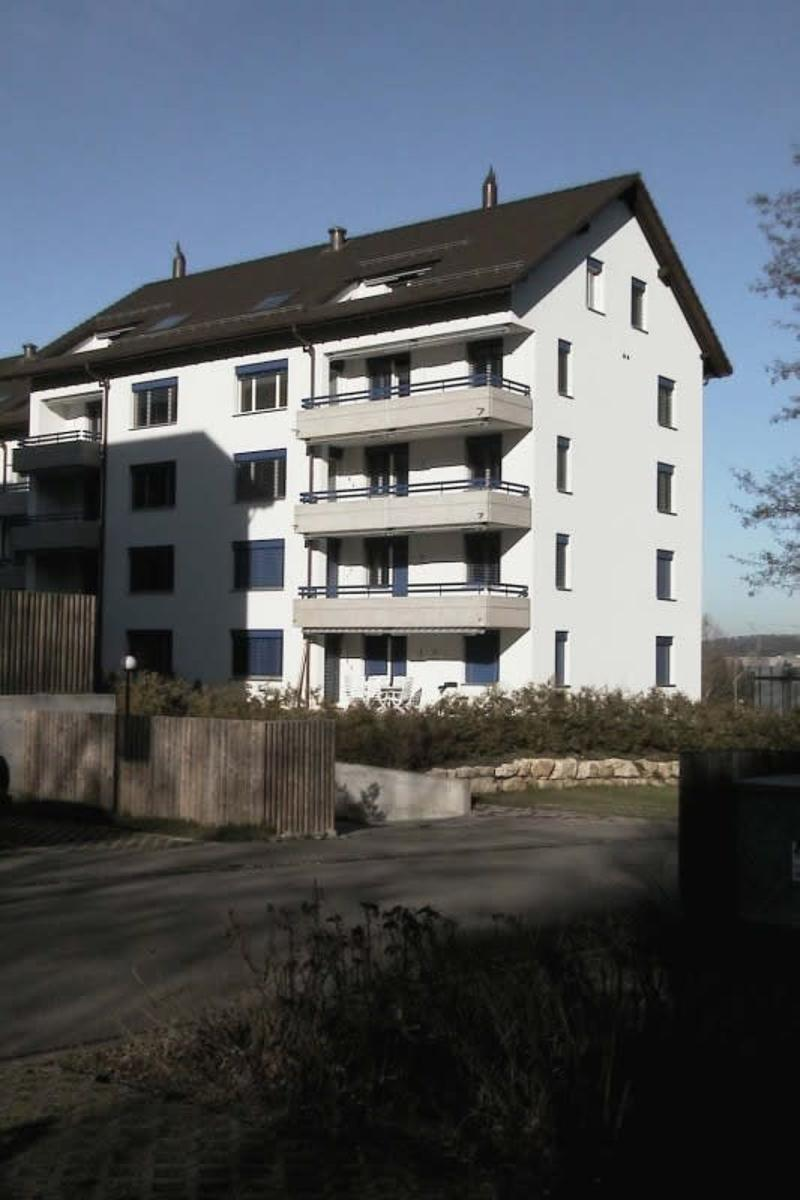 Modern, sonnig mit 2 Balkonen