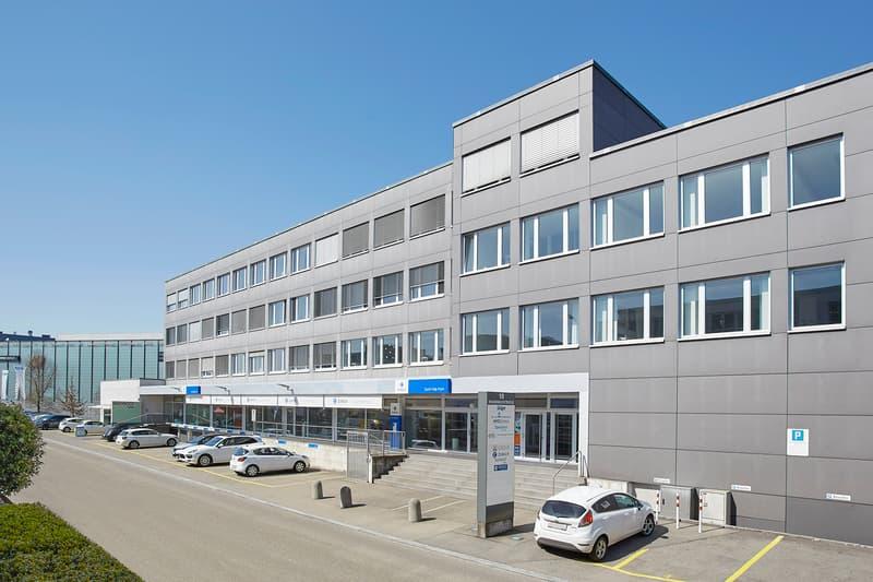 Attraktive Bürofläche in hoch frequentiertem Einkaufs- und Industriegebiet in Dietlikon