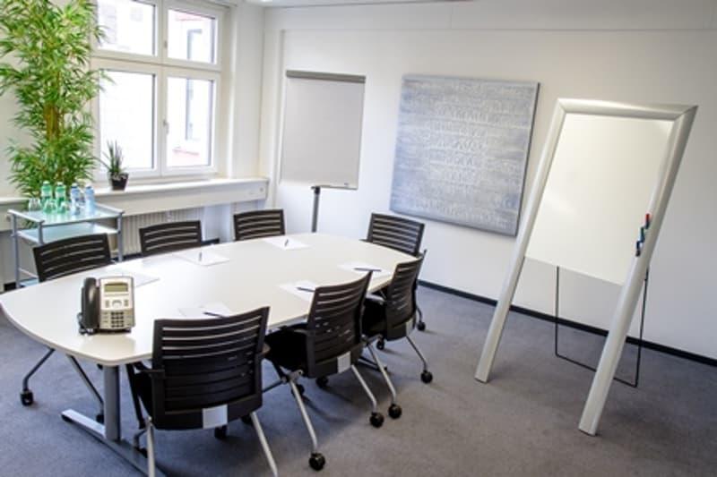 Kleineres Sitzungszimmer